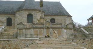 Eglise Saint-Guenin, photo par Maryse Trezy.