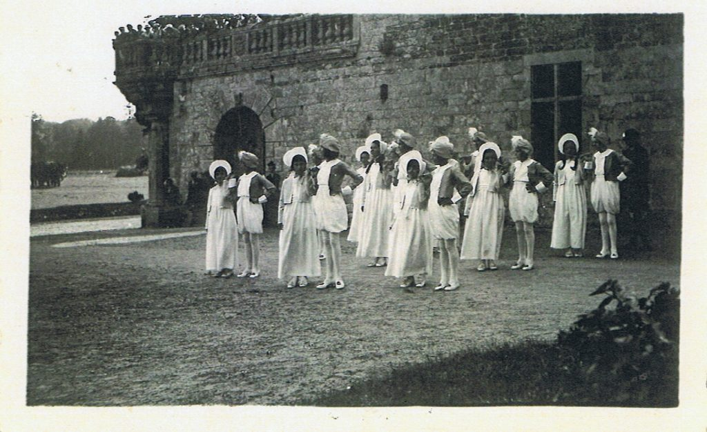 Liou gwenn rozenn an hanv - élèves école IV Lambader de Plouvorn 1936