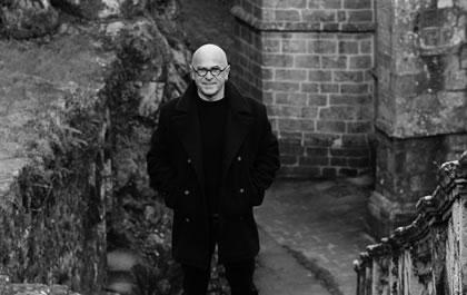 Les émouvantes funérailles de Yann-Fañch Kemener (article & enregistrement)