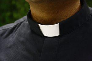 un prêtre vous répond