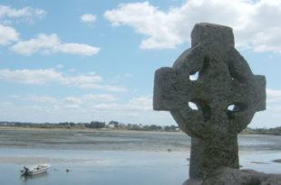 Croix-celtique-Saint-Cado