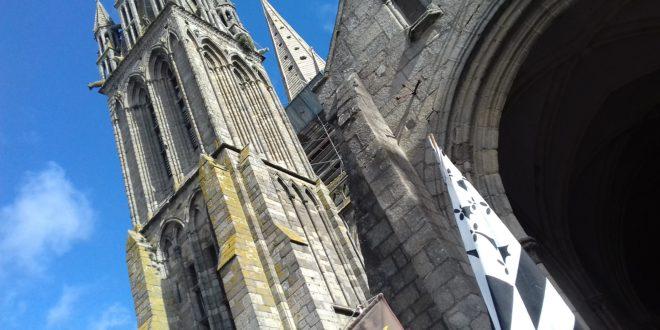 Les bannières de Bretagne doivent être à l'arrivée du Tro Breiz
