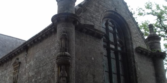 [PLOUBEZRE] La chapelle de Kerfons, un bel édifice… à péage