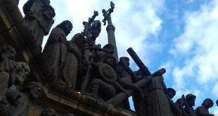 Dimanche des Rameaux : « Maître réprimande tes disciples […] »
