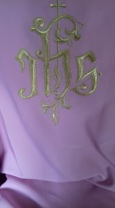 chasuble rose