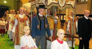 [Saint-Pol-de-Léon] Un écrin pour les vêtements liturgiques à la chapelle Saint-Joseph
